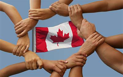 """الهجرة الى كندا تحت بند """"الرعاية العائلية"""""""